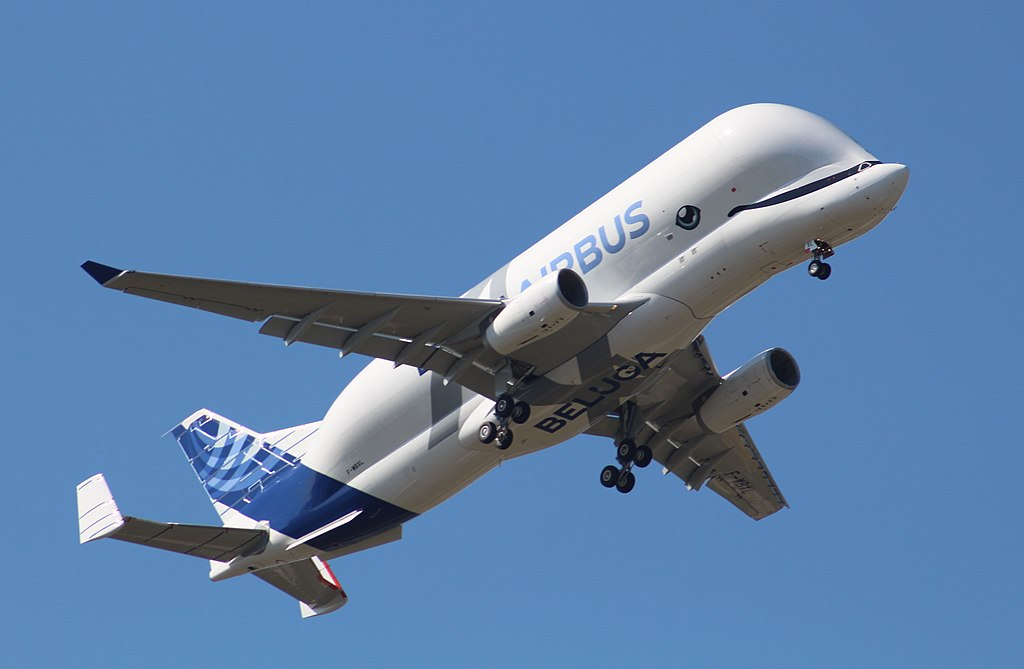 A lovely Beluga plane flying in the sky. Aaaaaw. Pic from Wikipedia.